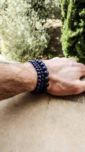 Bracelet en pierres Lapis lazuli et pierres noires agate